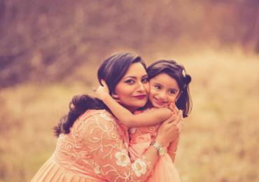 Come Devono Vestire Mamma e Figlia alla Prima Comunione?