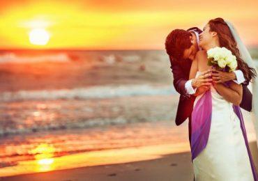 Matrimonio in Spiaggia: 4 Accessori per la Sposa!